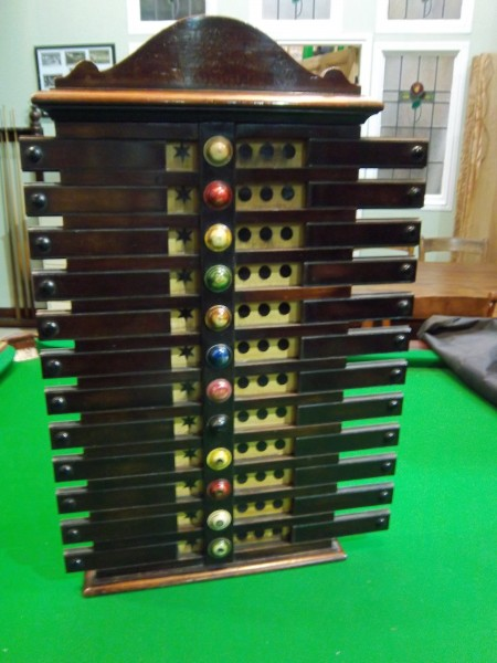 G Wright Mahogany Antique Life Pool Scoreboard Browns