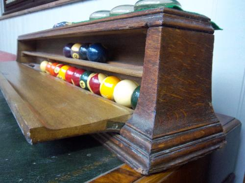 antique-ball-box-oak
