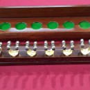 B555a 12 clip antique mahogany cue rack