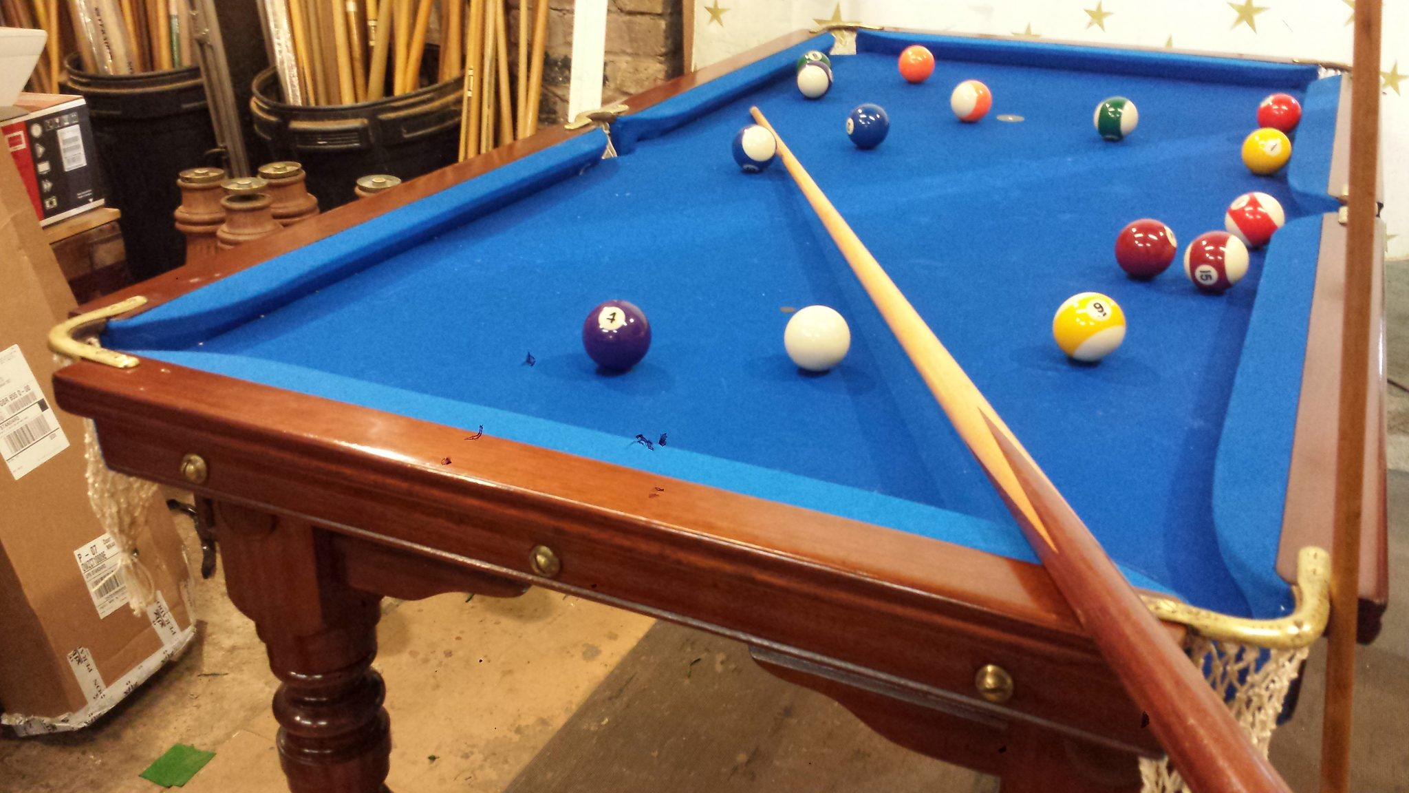 Click Here For Full Details Of Riley 5ft Pool Table.