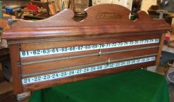 B834 Ri;ley antique roller scoreboard