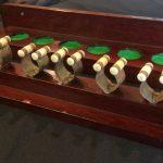 B850 vintage 6 clip wall cue rack