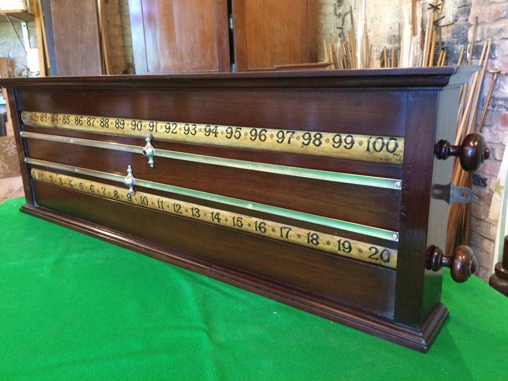 Walnut rollerboard scoreboard B820 (